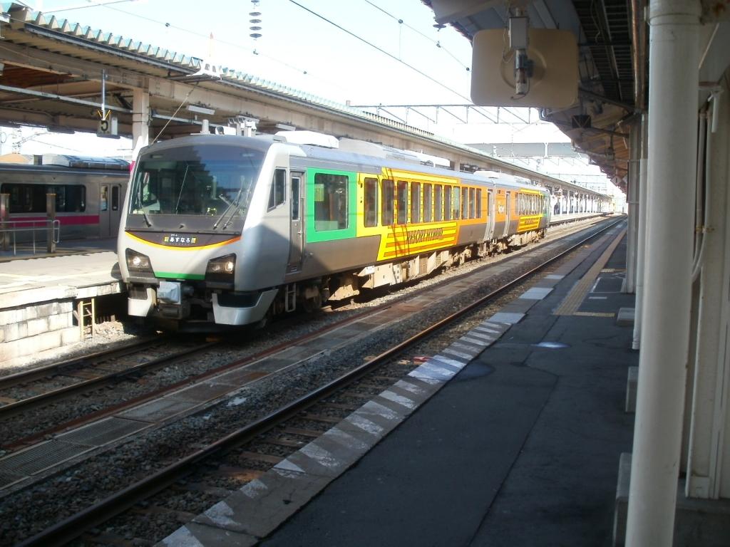 Aomori-Hybrid-E302-2-E301-3-20141019.jpg